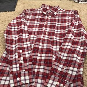 LIKE NEW GAP BUTTON UP